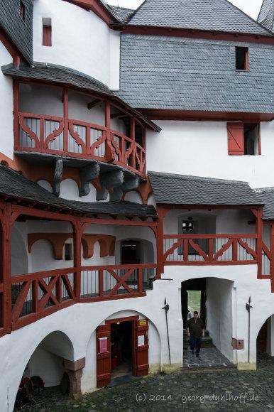 Pfalzgrafenstein: Burghof - Bild Nr. 201409271343